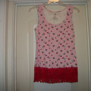 PRETTY STRAWBERRIES & LACE BLOUSE BY TORRID 1